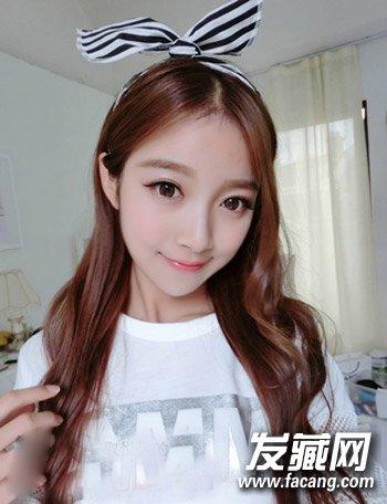 瓜子脸女生适合的发型 清新飘逸的长发发型(2)图片