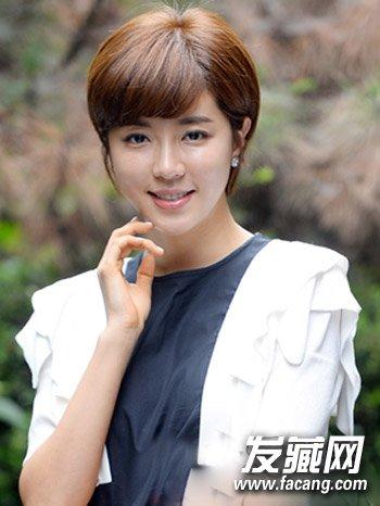 发型网 发型设计 短发发型 > 胖女生适合韩式中短发发型 韩式短发超