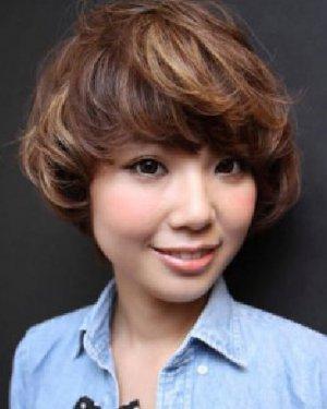 包子脸适合的短发发型 简单短发发型设计