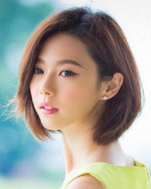 优雅的齐脖短发发型 小脸适合的发型 (300x375)-短发直发微卷发型