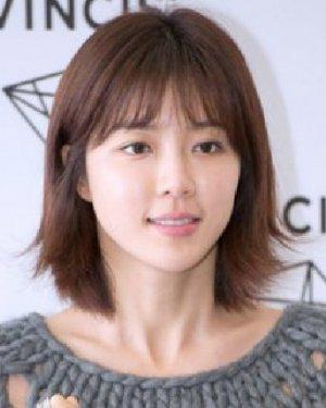 圆脸适合什么短发 清新韩式齐刘海波波头发型设计图片