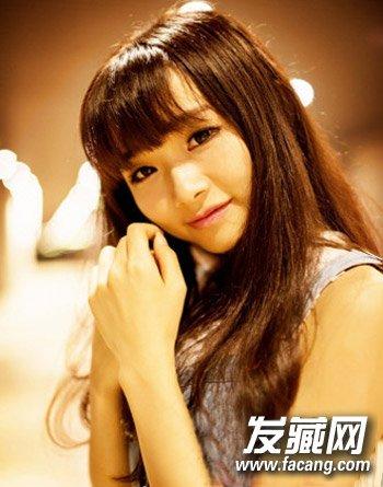 脸大烫什么发型好看 刘海卷发改善脸型(5)