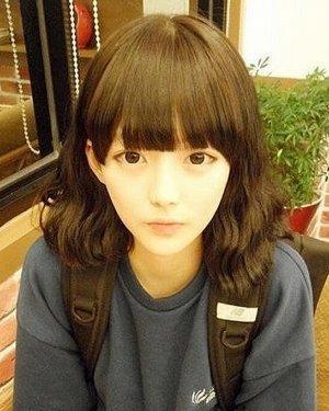 韩风潮流齐肩发烫发发型