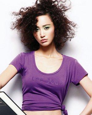 女士短发时尚锡纸烫发型图片图片