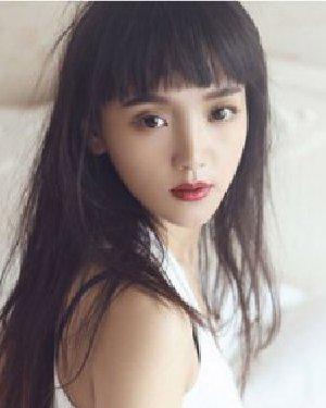 头发少女生适合的发型 精致的瓜子脸发型