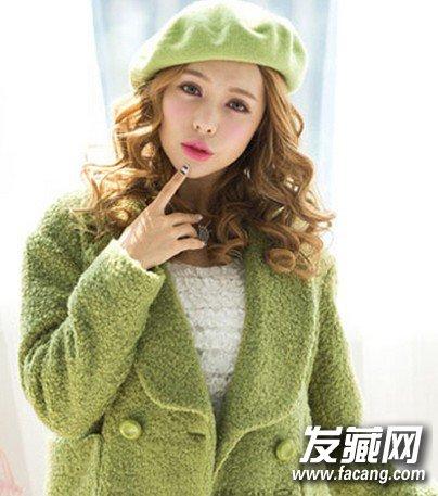 最新流行韩式中长发烫发图片(3)     流行韩式中长发烫发,整个造型给图片