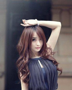 本季最hot的斜刘海女生中长发发型图片