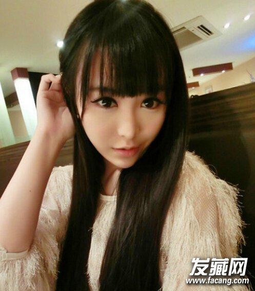有着时尚淑女的味道,碎发的齐刘海设计后,立马又塑造出甜美可爱小女生