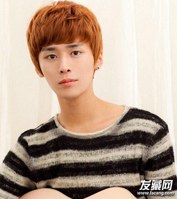 个性帅气男生齐刘海短发发型图片