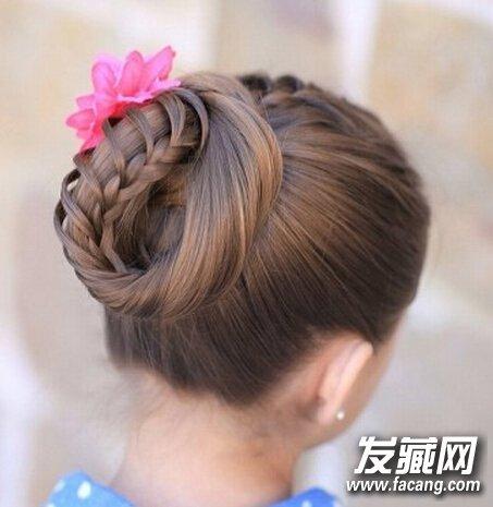 唯美韩式盘发发型夏季清凉必备
