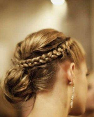 2015年最时尚高贵盘发发型