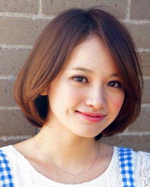 适合圆脸女生的波波头发型图片