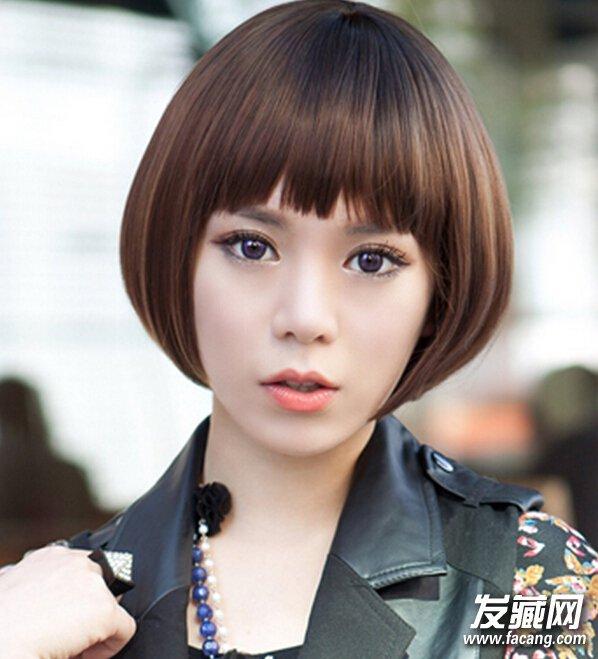 再搭配不规则 刘海设计,完美展现迷人圆润大眼睛,短发波波头发尾刚好图片