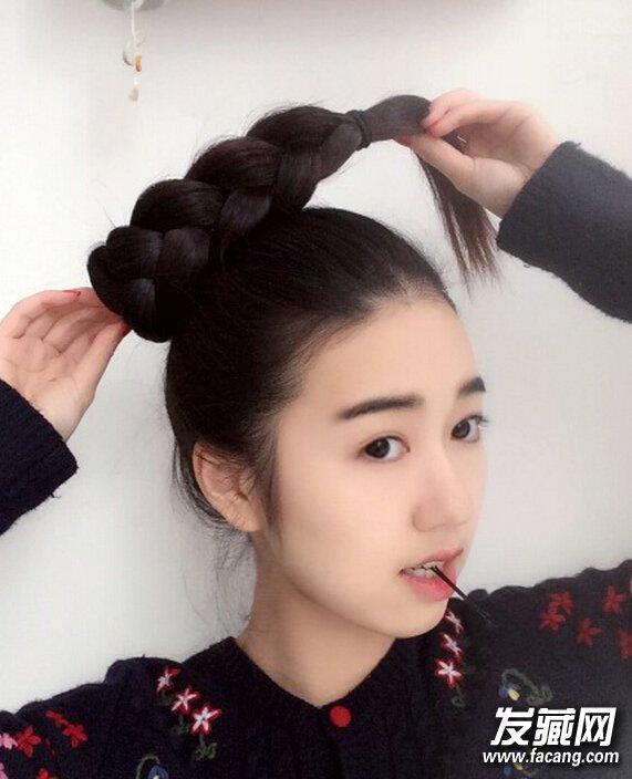明星怎么扎 →get高圆圆刘亦菲小脸秘诀 丸子头发型如何扎 →好看的