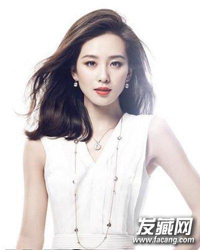 【图】刘诗诗晋级人妻 清爽的时尚中长发发型(2)_明星图片