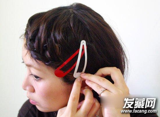 发型网 流行发型 丸子头发型 > 学编日系羊角造型!