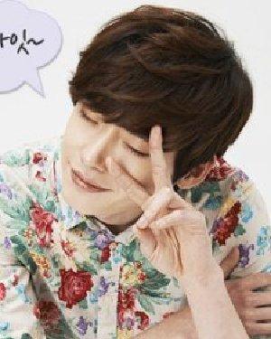 男生头发软适合的发型 可爱韩国男生短发发型