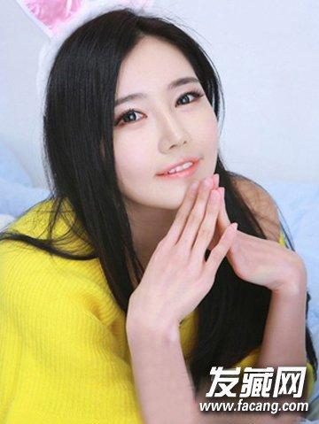 圆脸女生发型设计 清新甜美的斜刘海长直发发型图片