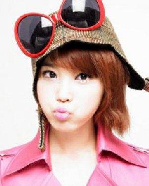韩式女生短发极具邻家女孩气质 修颜瘦脸全兼顾