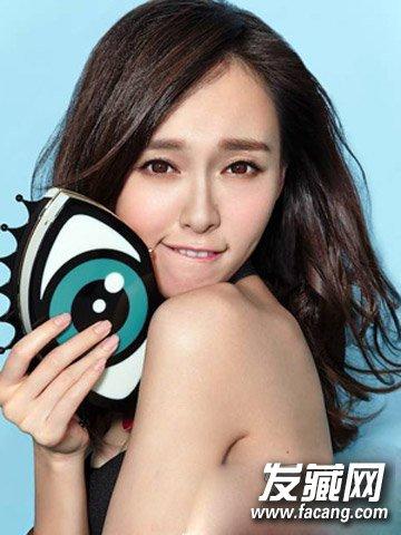女人味十足的韩式微 →什么短发最流行 微卷 黄金比脸小一半!图片