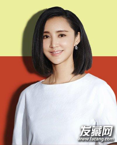 学小宋佳轻松玩转百变造型      女星张歆艺的短发发型一直被赞很有