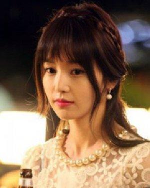 韩式编发公主头发型 清甜扎发萌妹必学