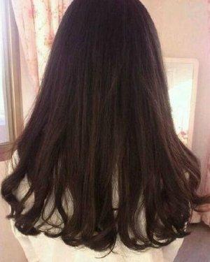 发型网 女生发型 女生中长发型 > 夏季清爽丸子头中长发如何扎好看(2)
