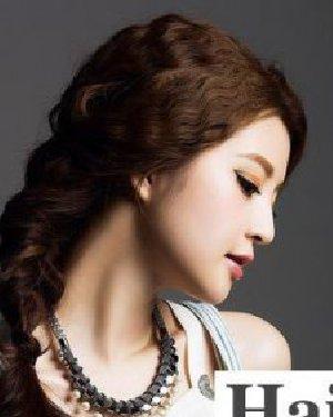 侧边麻花辫最女神 韩式发型扎法图解