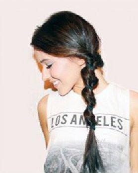 很简单的泡泡辫发型 DIY泡泡辫美美出游
