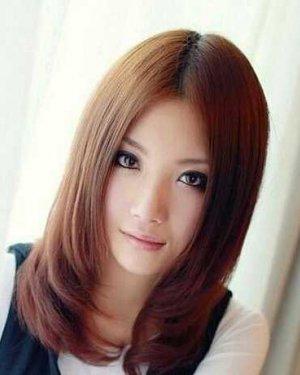 方圆脸适合的发型,最好有图:  齐刘海 答案补充 看发型就好她的脸图片