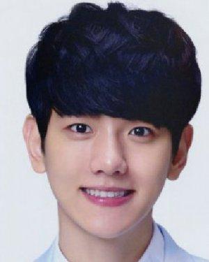 韩式男生烫发发型 烫染结合最时髦