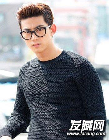 【图】男生戴眼镜适合的发型