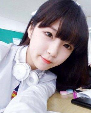 简单的短发梨花头发型 小脸女生适合的韩式短发