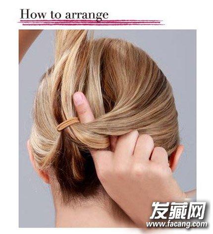 直发怎么扎丸子头 diy内扣丸子头发型图片(4)图片