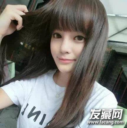 减龄齐刘海发型 简单的飘逸长发发型(2)