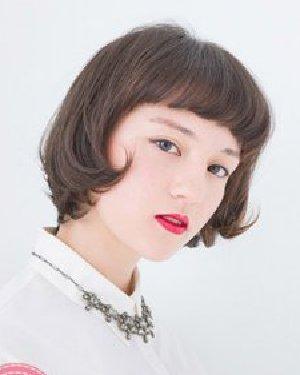 短发弄什么发型好看 可爱俏皮气质十分可爱