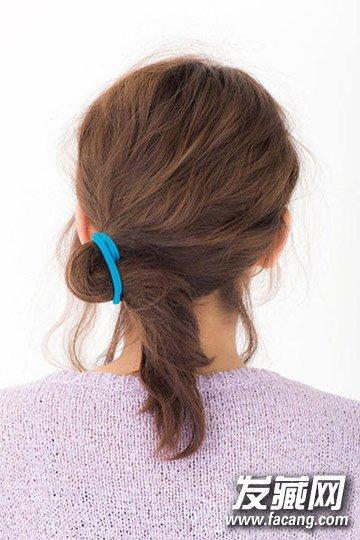 齐肩的发型这样扎才是最好看 →五款发型告诉你原来中长发也可以这样