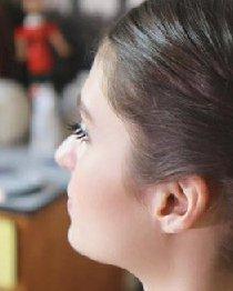 法式风情浓厚的盘发发型 一分钟搞定法式盘发