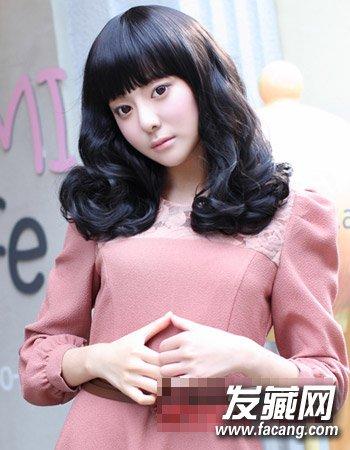 韩式齐肩范卷发发型 韩式风格甜美减龄(9)