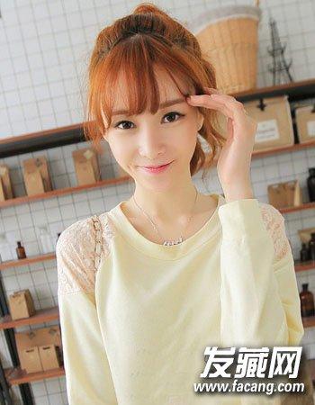 女生戴眼镜发型,圆框眼镜配发型减龄显可爱 →圆脸女生适合的发型