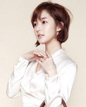 韩系潮流范儿简单瘦脸短发 碎短发修剪干净清新