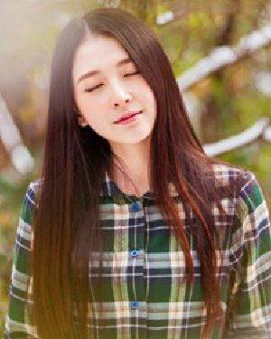 清新靓丽的韩式直发发型 披肩直发显瘦更清纯
