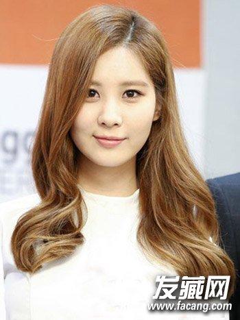 韩式披肩长发发型 露额的长发发型甜美修颜(3)图片