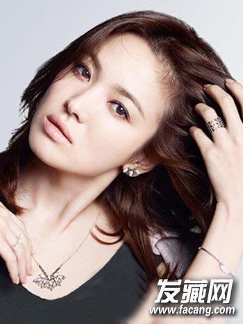 【图】方脸女生适合的修颜减龄发型大推荐 →什么发型适合方脸女生图片
