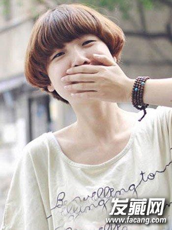女生>颧骨圆脸圆脸造型好看又显瘦(2)导读:a女生俏皮的韩式齐刘海短发发型高适合什么短发发型圆脸图片