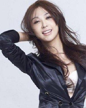 黄晓明前女友李菲儿发型 甜美女神李菲儿发型