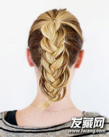 浪漫的头发编织方法 法式编发马尾辫扎法图解(4)图片