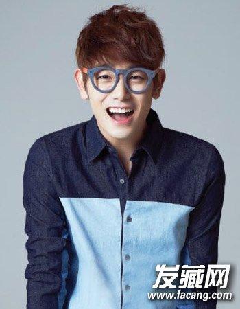 > 韩国男生发型的设计 9款短发阳光帅气  导读:副标题 男生可爱发型1