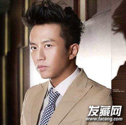露出额头十分霸气,刘海的发      style 1      《奔跑吧兄弟》让邓超图片