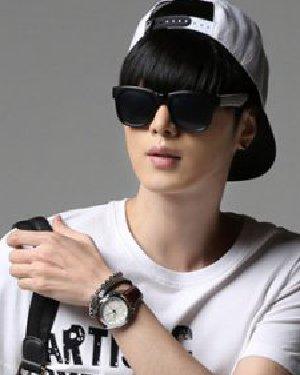 男生夏季最新短发图片 韩式设计清爽帅气